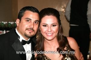 Alberto Villalobos y Fernanda Àlvarez.