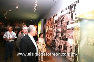 El Museo del Algodón permanecerá abierto al público de martes a domingo de diez de la mañana a seis de la tarde.