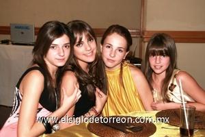 Lauris Alonso, Ana Claudia Gómez, Andrea Villarreal y Valeria Villarreal.