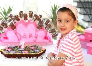 <b>Ya tiene siete</b><p> Daniela González Teixeira.