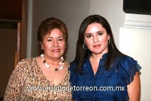 Lupita de Cuesta y Lucy Cuesta.