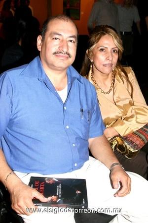 19102008 Arturo Aguilera Dávila y Betty Leaños de Aguilera