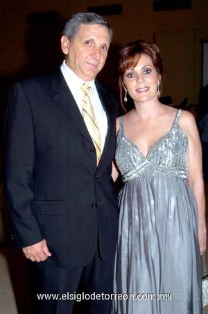 21102008 Eduardo Flores y Dora Alicia de Flores