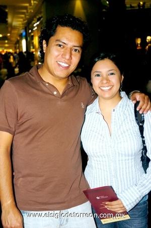 22102008 Daniel Ura y Claudia Fraire
