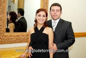 23102008 Alicia Valdez de Paico y Tomás Paico Cárdenas