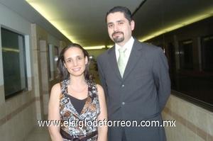 23102008 Verónica Butrón Solórzano y José Antonio Padrelín