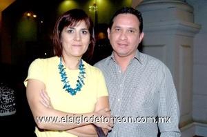 28102008 Mónica Borrego de Berumen y Ricardo Berumen.