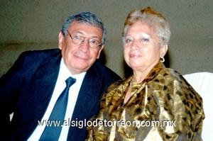 28102008 Dr. Hernández y Carmen de Hernández.