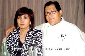 28102008 Martha Hernández de Salcedo y Roberto Salcedo.