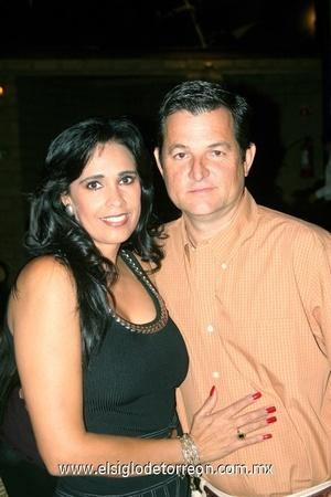 30102008 Martha y José Llama