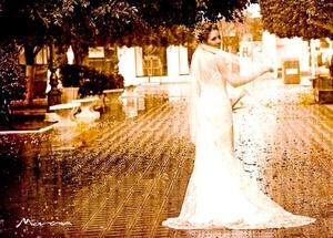 Antp. Sindy Y. de la Torre Pacheco, el día que unió su vida en matrimonio con B.A. Michael M. Beatie.  <p> <i>Estudio Morán</i>