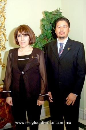 07112008 Ivonne Rivera y Francisco García.