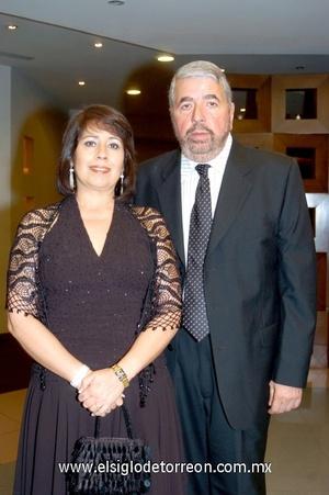 07112008 Susana de Escobesa y Manuel Escobesa