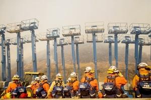 Los incendios fueron varios en el condado de Los Ángeles, en el este de los condados de Riverside y Orange y al noroeste del condado de Santa Bárbara, arrasando un total de 67 kilómetros cuadrados.