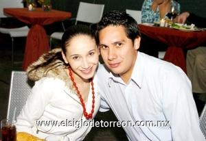 09112008 Delia Cárdenas y Daniel Labastida.