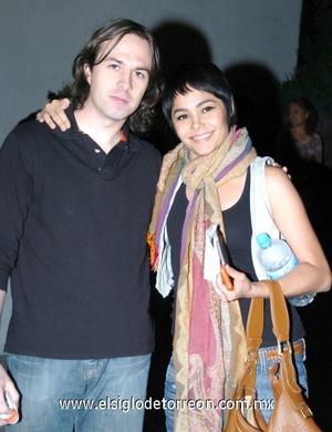 09112008 Eduardo Rioja y Yelile Dipp de Castro.