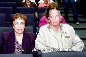 09112008 Marcelo Ducolombier y María Elena Arenal.