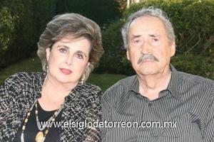 09112008 Margarita y su marido Porfirio Isasi.