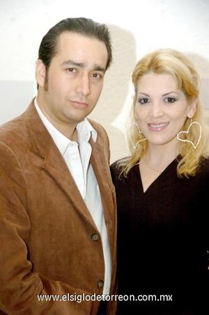 12112008 Enrique Sada y Alejandra Muñoz