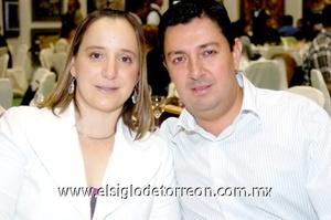 16112008 Cristy y Luis Dovalina.