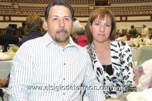 16112008 Javier Román y Marissa Nogueira de Román.