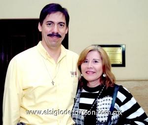 23112008 Alfredo Pérez y Angélica de Pérez.