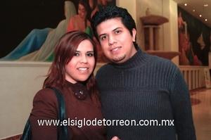 24112008 Carina Siller y Ricardo Navarrete.