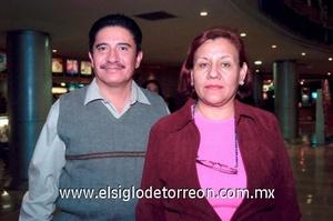 24112008 Mario Juárez y Mireya Domínguez.