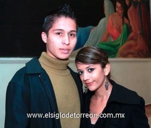 25112008 Luis Morales y Fernanda Flores.