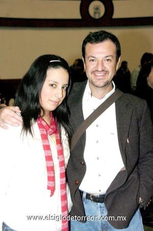 26112008 Dayana Marroquín y Juan Antonio de Alba