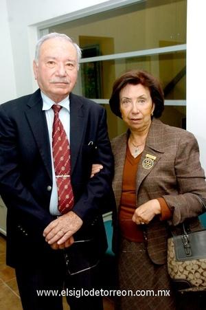 27112008 Carlos Israel González y Elba Elizondo de González