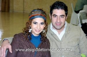 30112008 Valeria Escamilla y Ricardo Bazán
