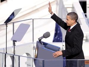 El presidente de Estados Unidos, Barack Obama, pidió el inicio de una nueva era de responsabilidad de los estadounidenses en sus vidas y para su país en el mundo, como fuerza de cooperación y diálogo.
