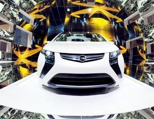 Se presentará Opel con su modelo eléctrico Ampera, asimismo debutan Verso, el nuevo automóvil de Toyota, el Peugeot 3008 y el BMW Serie 5 GT Concept.