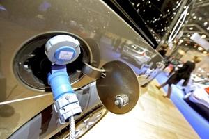 Con los vehículos ecológicos como principal atracción, inicia el Salón del Automóvil en la ciudad suiza de Ginebra, donde durante 10 días las principales marcas del mundo presentarán sus nuevos modelos y nuevas tecnologías.