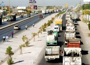 El presidente de la Asociación Mexicana de Transporte y Movililidad, Jesús Padilla, señaló que sólo el transporte urbano de pasajeros gastará este año mil 300 millones de pesos más por concepto de diesel.