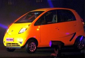 El presidente del grupo, Ratan Tata, detalló en dos comparecencias públicas en Bombay su 'plan B' para la puesta en el mercado del modelo 'Nano'.