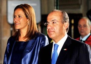 El presidente mexicano y su esposa acudirán a un banquete ofrecido por el alcalde de la City (centro financiero de Londres), en el que Calderón dará un discurso.