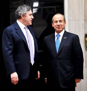 La visita de Calderón acabará el jueves, día en que asistirá a la cumbre del G-20 (grupo de los veinte principales países industrializados y emergentes).