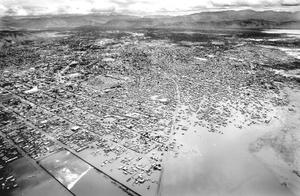 La ciudad de Gonaives sufre inundaciones el 4 de septiembre de 2008.