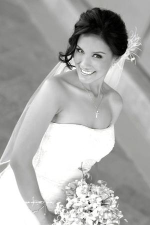 Srita. Lily Padilla B. el día de su boda con el Sr. José Rodríguez D.  Maqueda Fotografía