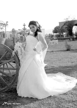 Srita. Madahi Ayala López el día de su boda con el Ing. Gerardo Ernesto Iglesias Padilla.  Estudio Morán