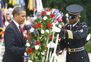 Los actos de 'Memorial Day' incluyen desde coloridos desfiles hasta sombrías ceremonias en todo el país.