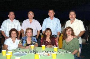 06062009 Jorge y Lucy Banuet, Raúl y Laura Moreno, James y Lupita Gil, Fernando y Emilia Ochoa.