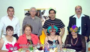 16062009 Joel y Mary García, Antonio y Martha Hernández, Raúl y Lupina Zamorano, Alejandro Méndez y Brenda Gaona.