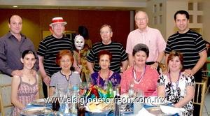 16062009 Marisol y Ricardo Ventura, Leticia y Franz von Bertrab, Georgina y Leopoldo García, Pily y Gabriel de León, Lillian y Armando Aguilar.