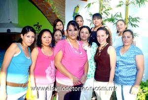 16062009 Futura novia. Cristina en compañía de Daniela, Leonor, Abril, Lolis, Michel, Gaby, Sally, Ale, Lili y Lore.