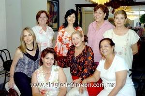 18062009 Carmen, Bety, Magda, Olga, Yazmín, Magda, Laura y Coco, en la clausura del Club de Jardinería Cassandra.