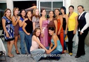 24062009 Olga Bibiana Martínez González en su fiesta prenupcial junto a Luisa, Ale, Yazmín, Anabel, Vicky, Alejandra, Nadia, Tere, Sandra, Judith, Claudia y Rocío.