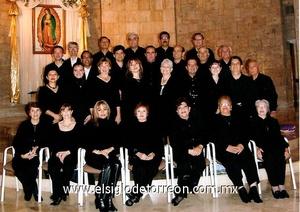19062009 En la parroquia de San Pedro Apóstol de la colonia San Isidro, hoy viernes a las 20:00 horas se presentará el coro Mensajeros de la Paz, quienes ofrecerán un recital con motivo de la celebración del Día del  Sagrado Corazón de Jesús.